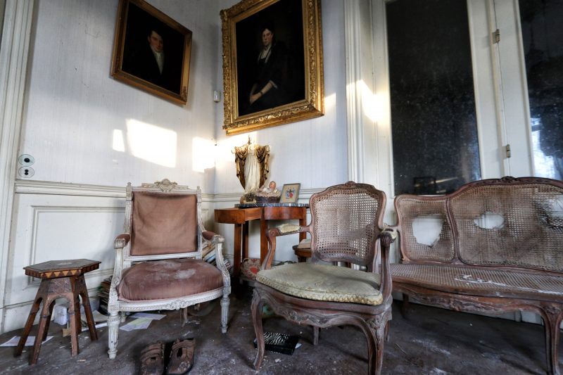 Chateau Manoir aux Portraits